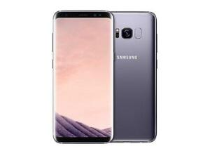 GALAXY S8 WITH ACCESSORIES