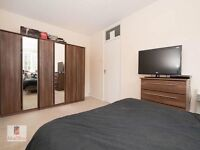 4 bed private road Enfield town