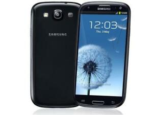 32GB Blue Samsung Galaxy S3 FACTORY Unlocked +ACCESSORIES