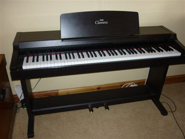 Digital piano great condition 88 buy sale and trade ads for Yamaha full size keyboard with 88 keys