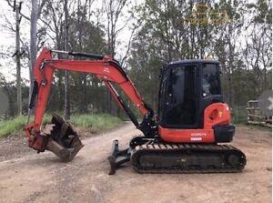 5.5t excavator wet hire(tilt hitch) Austral Liverpool Area Preview