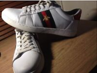 Unisex Used Gucci Shoes