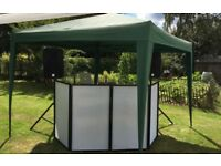 Mobile DJ cover / stand