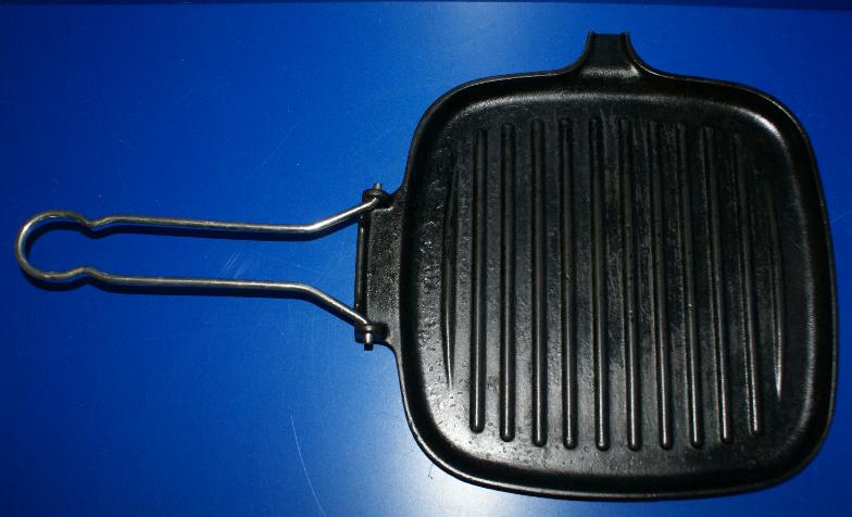LE CREUSET COUSANCES (France) Gusseisen Pfanne Grillpfanne Steakpfanne 25 cm TOP
