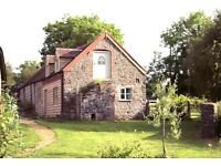 One bedroom, unfurnished, detached, barn conversion cottage to rent in a very attractive spot!
