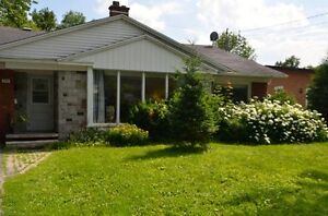 Bungalow - furnished - available immediately