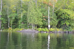 8 acres wooded lot 1235` on Horseshoe Lake S of Parry Sound