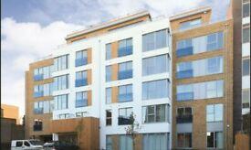 2 bedroom flat in Gooch House, Hammersmith, W60