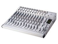 Behringer Eurorack MX2004A mixer