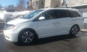 Honda Odyssey Touring 2015 - 8 year 200,000 km ext. warranty