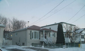 Room for rent - close to mun, hospitals, grocery store , bus rou St. John's Newfoundland image 1