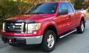 2012 Ford F-150  v6  LOW KM