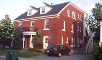 Entretenir un bloque de 11 logement, centre-ville, Sherbrooke
