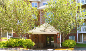 2 Bedroom Condo Available for Rent! Wedgewood Court!