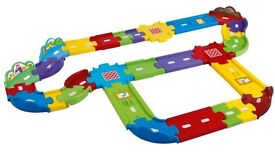 Toot toot track with cars