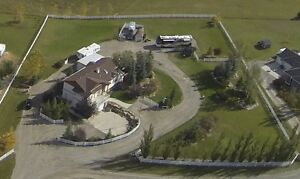 Springbank acreage for sale , original owners since NEW!