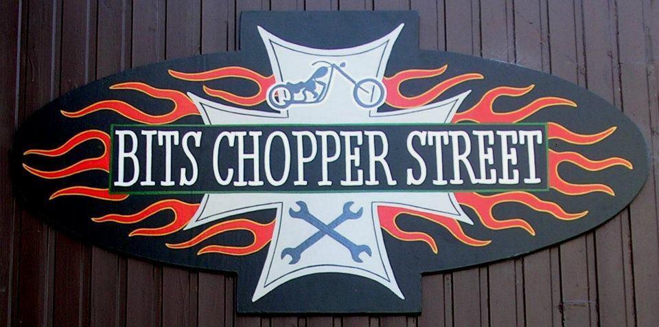 Bits chopper Bobber street