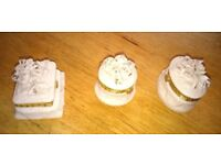Vintage White Porcelain Trinket/Jewellery/Pill Box Set in perfect condition