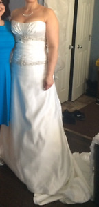 Wedding dress for sale - cleaned