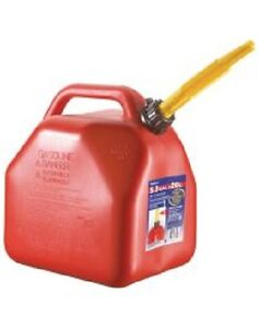 2 gas cans 10L and 20L