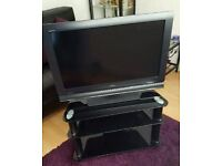 Sony 32 inch LCD HD TV & Black Glass Stand