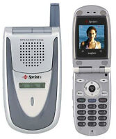 Four Sanyo SCP-2300 Flip Phones - 2 silver and 2 black