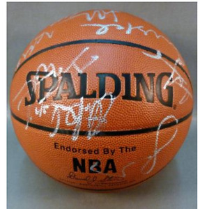 L.A. Lakers autographed Ball 2001-2002 Champioship Team Ball