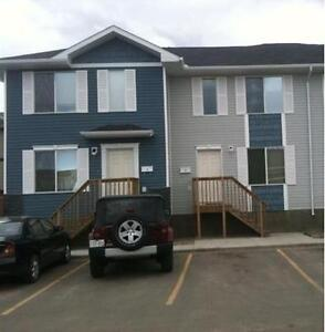 Large Townhouse - SK Side