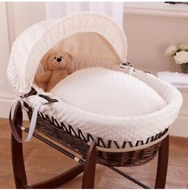 moses basket with dimple bedding and stand