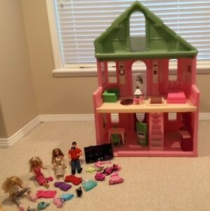 Doll House 4 Sale