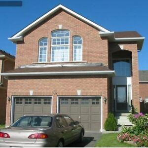 House for Sale Richmond Hill with BASEMENT APARTMENT CO-OP 3% !!