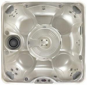 Caldera Vanto 7 person hot tub spa 7x7 35 jets