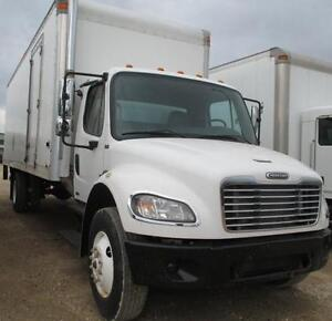 2007 Freightliner MUST SEE! Pristine Condition! Low Km