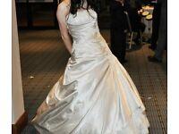 ONO - Designer Blue by Enzoani Ankara wedding dress.Size 8. Oyster/ Ivory