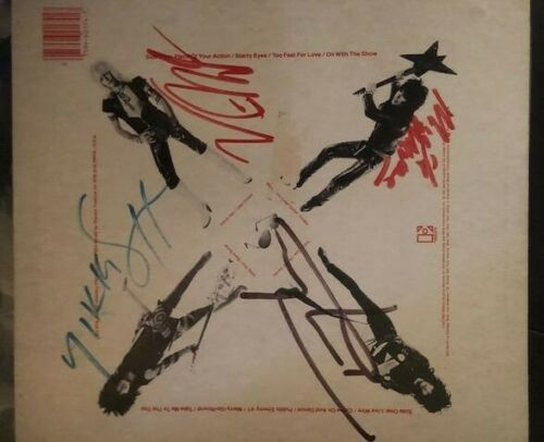 """MOTLEY CRUE FULLY SIGNED """"TOO FAST FOR LOVE"""" LP FULL COA """"REAL"""" ROGER EPPERSON"""