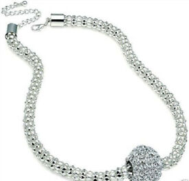 Ladies New 45cm Long Thick Silver Toned Coloured Chain Choker Necklace.