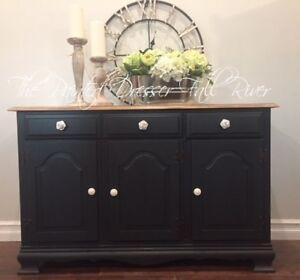 Sideboard/buffet cabinet