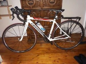 Comme neuf  cannondale synapse ultra carbone shimano 105