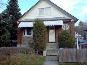 Beatiful clean home for rent Oshawa!