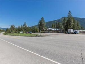 3765 Whispering Pines Frontage Road, Falkland, British Columbia