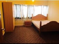 Large Double room to rent
