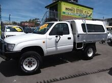 1999 Toyota Hilux RZN169R (4x4) White 5 Speed Manual 4x4 Cab Chassis Homebush Strathfield Area Preview
