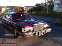 1986 Lincoln town car. Great deal