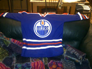 OIlers Jersey ***BRAND NEW***