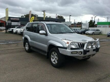 TOYOTA PRADO GXL  2003 8 SEATERS DIESEL TURBO AUTO  3.L DIESEL TURBO  TOW BAR 6MONTHS REGO AND YEAR  Lansvale Liverpool Area Preview