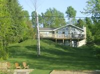 ESP - Executive Cottage - 5 Mins. to Ski Hill!