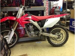 2006 HONDA CRF250R FOR PARTS