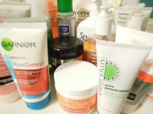 Acne prone skin cleansers, scrubs and treatments - Vichy Oxy