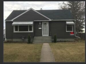 Gorgeous renovated house in Redwater!