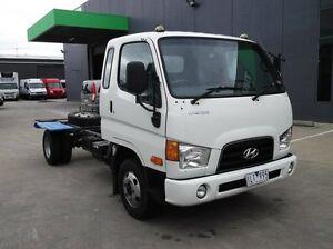 2010 Hyundai HD45 HD MWB Supercab White 3.9l 4x2 Preston Darebin Area Preview